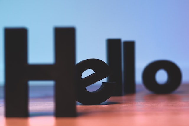 接客における挨拶【接客7大用語】挨拶の基本・考え方・コツなど解説
