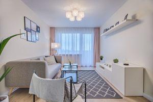 一人暮らしを始めるなら家具レンタルを利用するのは有り?無し?