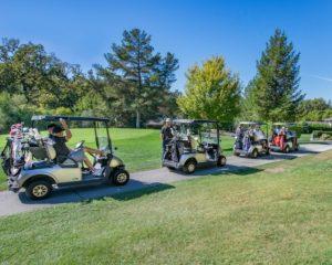 【プレー時間の早見表】ゴルフのラウンド時間はどのくらいかかる?